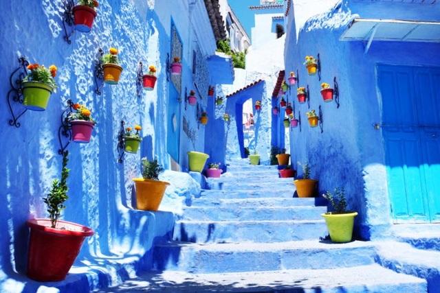 Những con phố Medina hiện ra với những con đường nhỏ như mê cung.