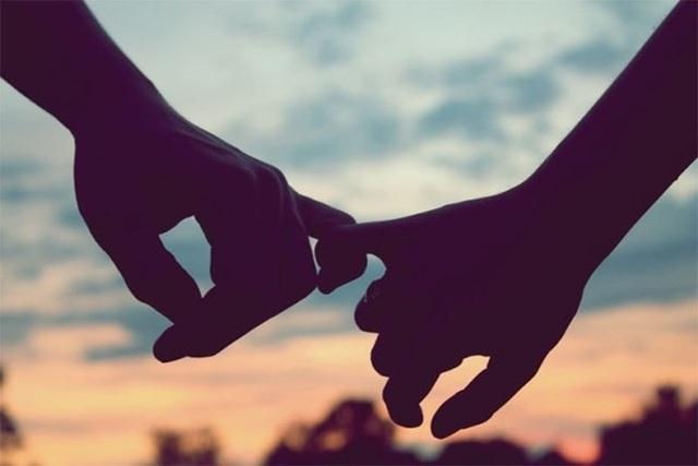 Làm ảnh hưởng xấu đến công việc: Bạn có thể cảm thấy chán nản, buồn rầu sau khi chia tay một thời gian nhưng đừng để điều ấy kéo dài và tước đi những cơ hội bạn phải vất vả mới có được trong cuộc sống.