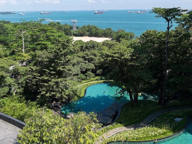 Sentosa là một hòn đảo nghỉ dưỡng tầm cỡ quốc tế của Singapore, được nối với đất liền bằng cây cầu khoảng 700m. (Ảnh: Reuters)