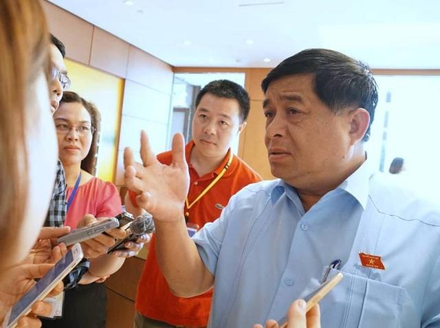 Bộ trưởng Nguyễn Chí Dũng: Dự thảo không có một từ, một chữ nào liên quan tới Trung Quốc.