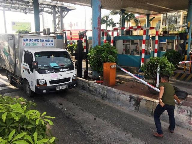 Lái xe phản đối việc BOT Tân Đệ thu phí hoàn vốn cho tuyến đường tránh thị trấn Đông Hưng