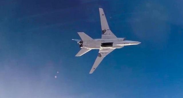 Trong cuộc chiến chống khủng bố tại Syria, các máy bay Tu-22M3 của không quân Nga đã thể hiện tính hiệu quả vượt trội khi đã thực hiện hàng loạt nhiệm vụ chôn vùi các sào huyệt khủng bố với sự trợ giúp của các máy bay chiến đấu như Su-30SM và Su-35S. Chính các chuyên gia Mỹ sau khi quan sát khả năng tấn công ấn tượng của Tu-22M3 ở Syria cũng phải thừa nhận rằng đây là một trong những máy bay nguy hiểm nhất trong không quân Nga và Washington dường như chưa có một máy bay ném bom nào có khả năng tương tự Tu-22M3.
