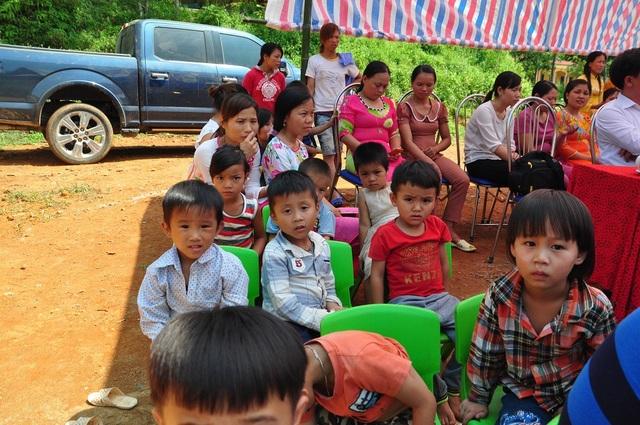 Khởi công công trình phòng học Dân trí thứ 19 và cầu Dân trí thứ 16 tại Phú Thọ - 9