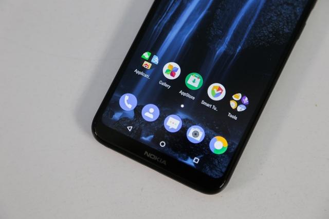Ngoài ra, máy khởi chạy Android 8.1 Oreo và sẽ được nâng cấp lên Android P trong thời gian tới.