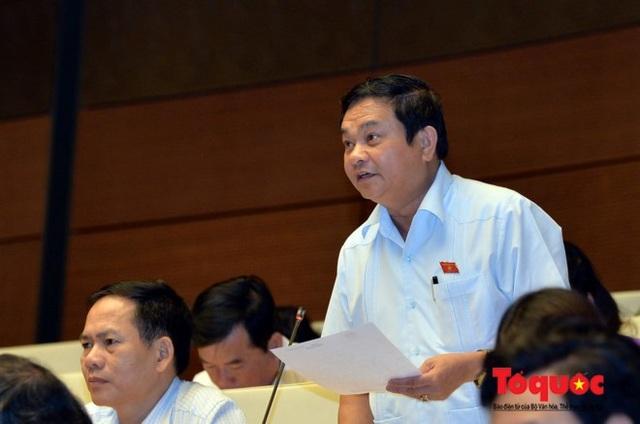 ĐBQH Nguyễn Văn Sơn.