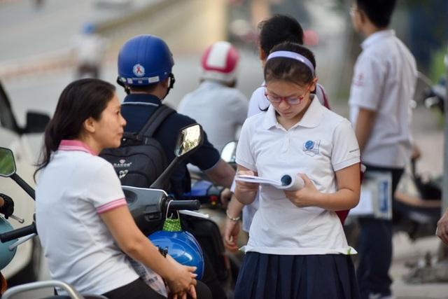 Thí sinh Hà Nội mải miết ôn bài trước khi thi vào lớp 10 - 16