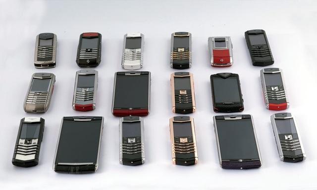 Bộ sưu tập điện thoại có giá trị lên tới cả chục tỷ đồng