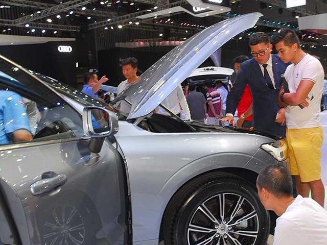Mùa xe cuối năm dân Việt ồ ạt đi mua sắm xe nên các hãng đều có doanh số rất cao