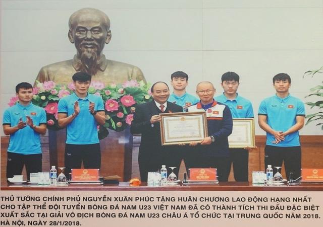 """Khai mạc triển lãm """"Chủ tịch Hồ Chí Minh với phong trào Thi đua yêu nước"""" - 14"""
