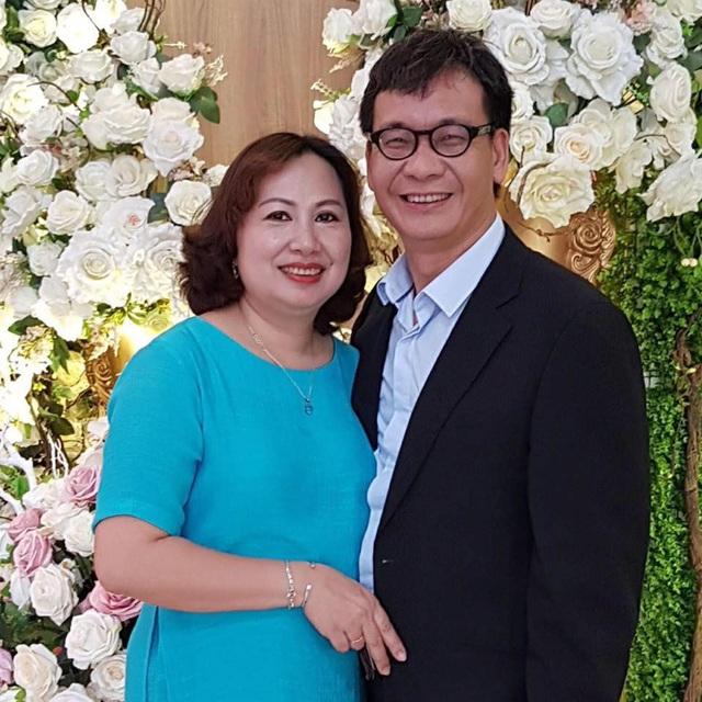 NSƯT Đức Khuê và vợ.