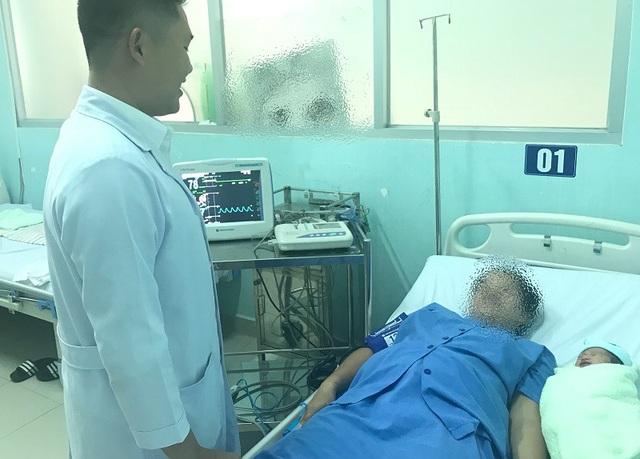 Nhờ được phẫu thuật khẩn nguy, bệnh nhân đã được mẹ tròn con vuông