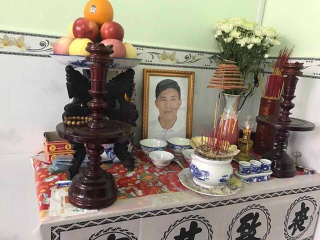Gia đình Nguyễn Lê Bá Khương đã lập bàn thờ, chờ nhận thi thể từ Mỹ