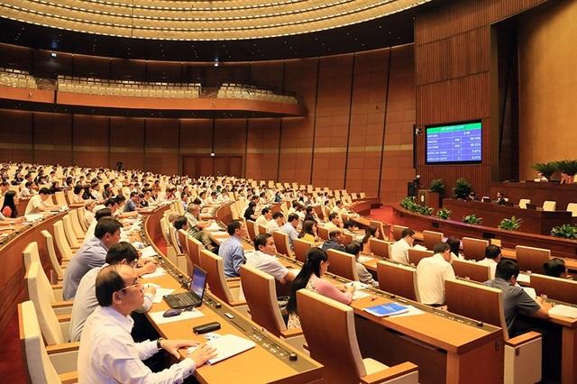 Đại biểu Quốc hội đóng góp nhiều ý kiến về dự luật đặc khu. (Ảnh: Như Phúc)