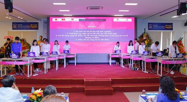 Thí sinh thi vòng 1 tại chung kết cuộc thi Tuổi trẻ học tập và làm theo tư tưởng, đạo đức, phong cách Hồ Chí Minh năm 2018