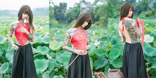 Tranh cãi về hình ảnh chàng trai xăm hình, mặc áo yếm bên hoa sen - 2