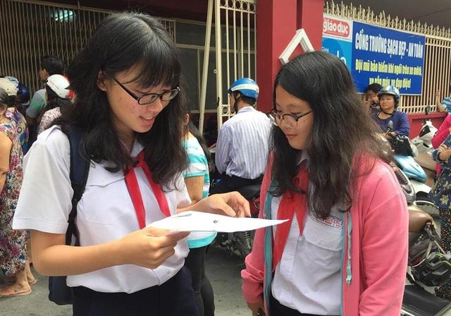 Nhiều học sinh ở TPHCM thi vào lớp 10 chuyên chỉ để thử sức (Ảnh minh họa)