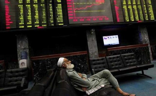 Tổng số tiền Trung Quốc cho Pakistan vay trong năm tài khóa này kết thúc vào tháng 6 lên tới 5 tỉ USD. Ảnh: Reuters