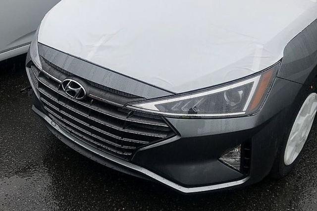 Hình ảnh đầu tiên về Hyundai Elantra phiên bản nâng cấp - 2