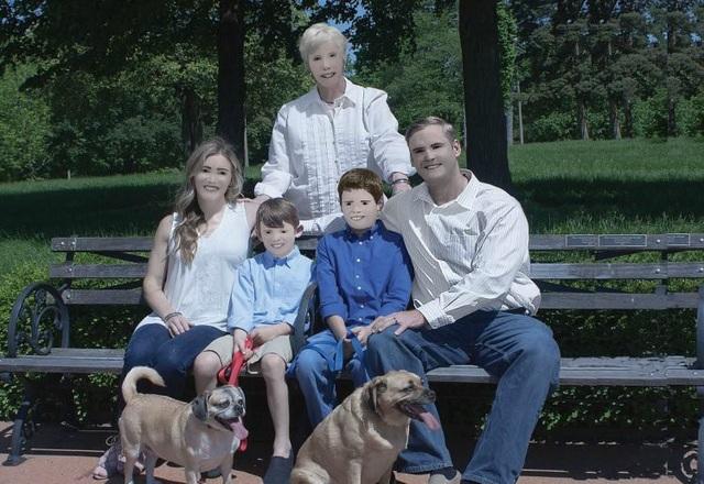 """Chi 5,5 triệu đồng để chụp ảnh gia đình và cái kết """"dở khóc dở cười"""" - 3"""