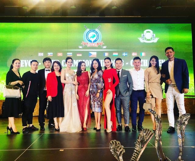 Bình Minh đoạt giải nhất Golf tại CH Séc - Ảnh 1.