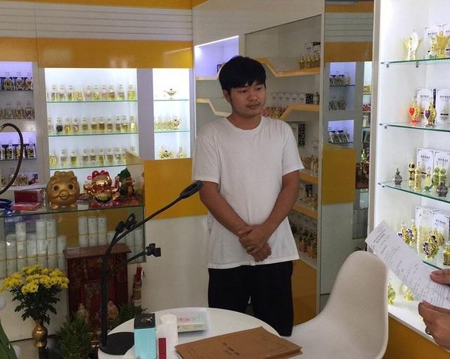 Trần Đông Ca, em ruột Trinh, bị Trinh lôi kéo trở thành mắt xích quan trọng trong hệ thống cờ bạc qua trang mạng m88gin.com