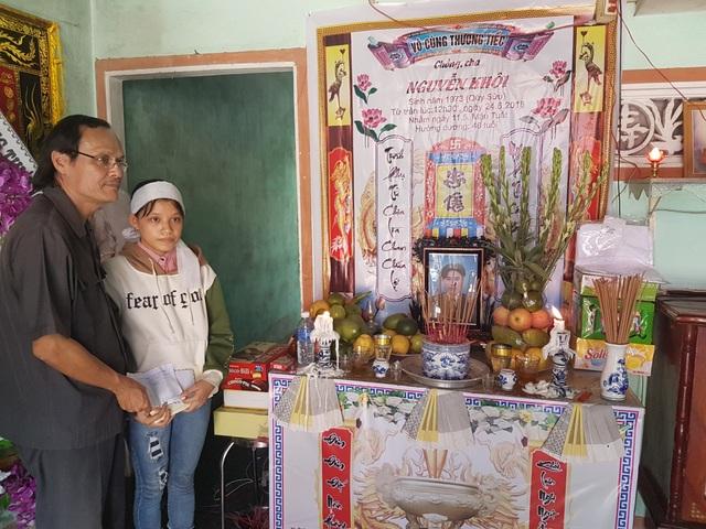 Hội Khuyến học Quảng Nam chia sẻ khó khăn với gia đình em Thủy sau khi tai nạn xảy ra