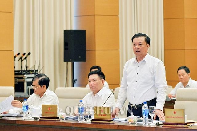 Bộ trưởng Bộ Tài chính Đinh Tiến Dũng cho biết, từ 2008 đến 2011, Tổng cục Thuế đã thực hiện chính sách tinh giản biên chế đối với 1.336 công chức