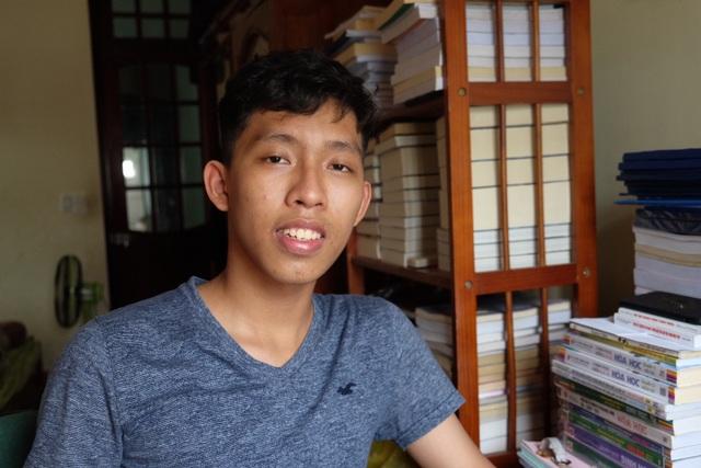 Nguyễn Phú Nghĩa - thi sinh thi THPT quốc gia dẫn đầu điểm số 2 môn thi Hoá, Sinh ở Đà Nẵng
