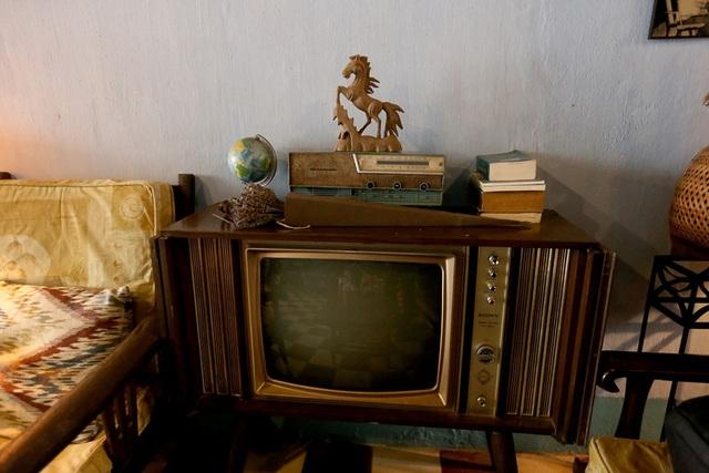 Chiếc tivi vẫn được đặt đúng vị trí cách đây nửa thế kỷ.