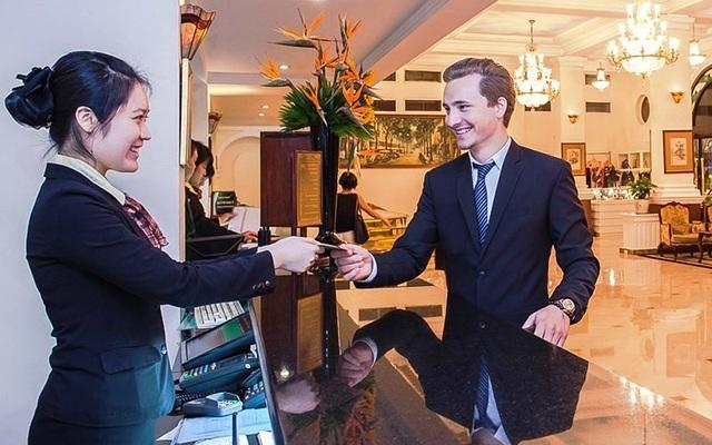 Mức lương bình quân của nhân viên làm việc tại khách sạn 4 – 5 sao đạt từ 11 - 14 triệu đồng.