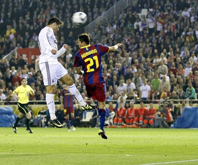 C.Ronaldo ghi bàn thắng ở hiệp phụ vào lưới Barcelona, giúp Real Madrid giành chức vô địch cúp nhà Vua năm 2011. Đây là danh hiệu đầu tiên của CR7 cùng Real Madrid