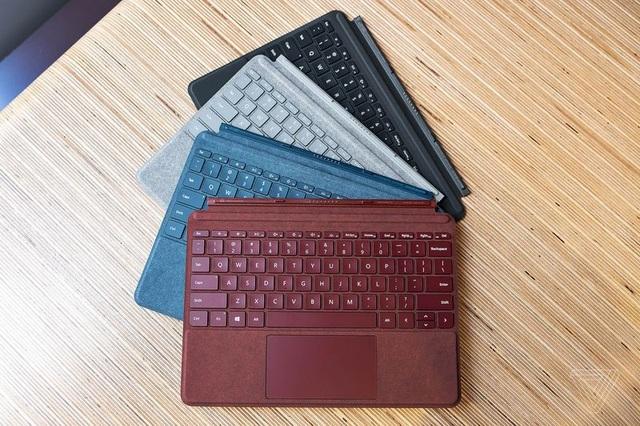 Bàn phím ngoài của Surface Go tích hợp trackpad với kích thước lớn