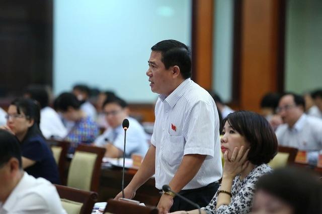 Đại biểu Trần Thanh Trí cho rằng nếu không có giải pháp hiệu quả thì 20 năm sau vẫn còn tình trạng xả rác bừa bãi