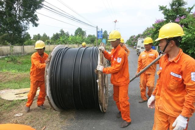 Tăng cường kiểm tra, củng cố lưới điện nhằm đảm bảo hệ thống vận hành an toàn, ổn định