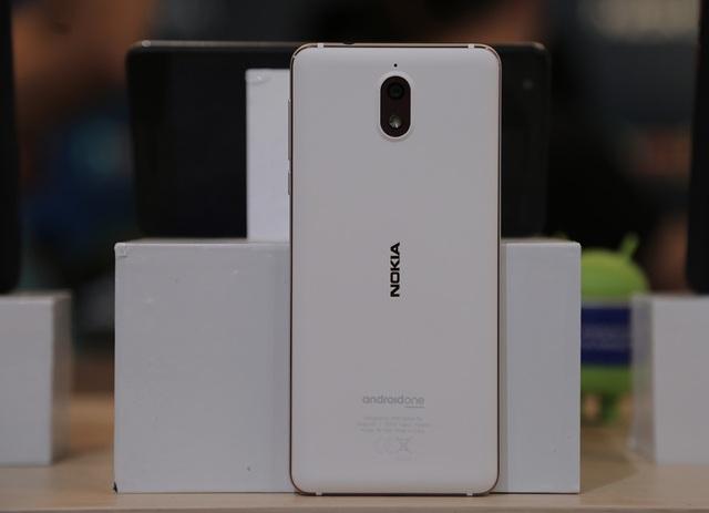 Nokia 3.1 sử dụng vi xử lý 8 nhân MediaTek 6750, số nhân xử lý tăng gấp hai lần, hiệu suất tăng 50% so với phiên bản trước đó. Dòng sản phẩm này có màn hình tỉ lệ 18:9, kích thước 5.2 inch HD+ cùng mặt kính cong 2.5D với kính cường lực Corning Gorilla Glass chống xước.