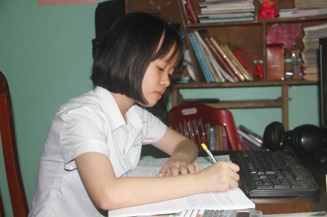 Không chỉ thích môn tiếng Anh, nhưng Hải Lý cũng có niềm đam mê với văn học.