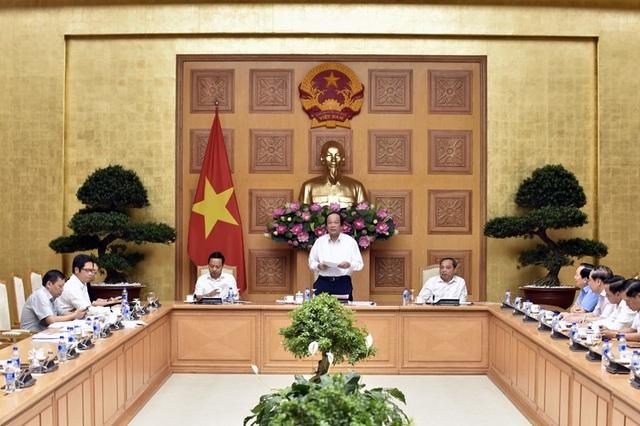 Cuộc họp của Tổ công tác của Thủ tướng với các bộ ngành do Thủ tướng yêu cầu khi đã quá nửa năm mà việc cải cách, cắt giảm thủ tục của các bộ quá chậm