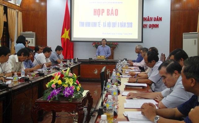 Bình Định họp báo 6 tháng đầu năm nóng triển khai các dự án.