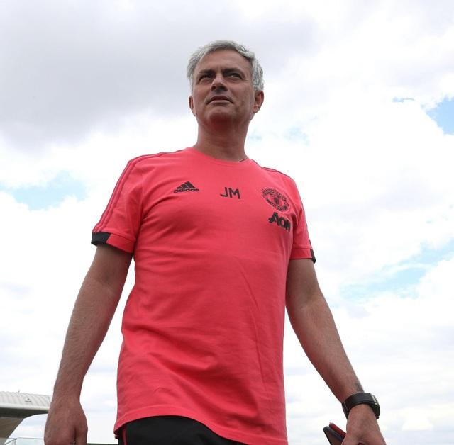 Mourinho đã trở lại công tác huấn luyện sau thời gian nghỉ đi làm thêm chuyên gia bình luận World Cup