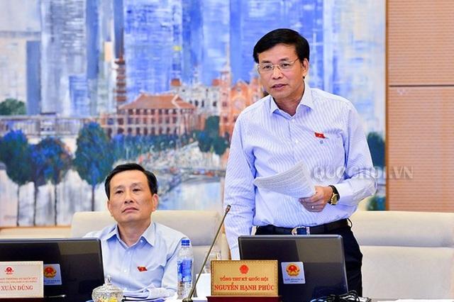 Tổng thư ký Quốc hội Nguyễn Hạnh Phúc báo cáo sơ bộ về dự kiến kế hoạch lấy phiếu tín nhiệm tại kỳ họp Quốc hội cuối năm nay