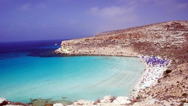 25 bãi biển đẹp siêu tưởng, phải đến tận nơi mới tin là có thật - 17