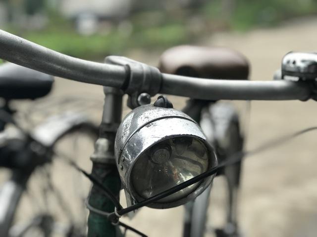 Xe đạp Favorit đầy hoài niệm, đại gia các thêm tiền hỏi mua cũng không bán - 1