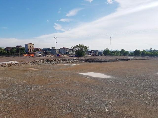 Diện tích đất Công ty CP Bê tông thép Ninh Bình tiến hành san lấp mặt bằng khi chưa chuyển đổi mục đích sử dụng đất.