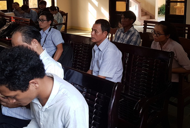 Ông Trần Văn Liên nhiều lần đi hầu tòa nhưng vụ việc vẫn chưa có hồi kết