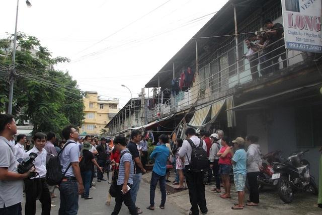 Bí thư Nguyễn Thiện Nhân thăm người dân Thủ Thiêm trong khu tạm cư - 5