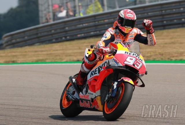 Thắng dễ ở chặng 9, Marquez có chiến thắng thứ 9 tại Sachsenring - 4