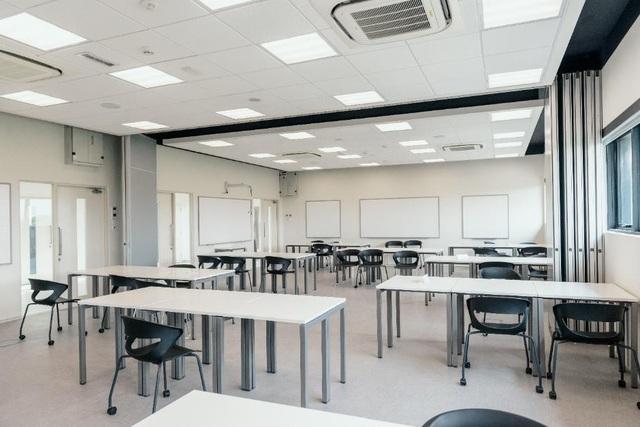 Phòng học được trang bị hệ thống Nghe - Nhìn hỗ trợ giảng dạy của BUV.