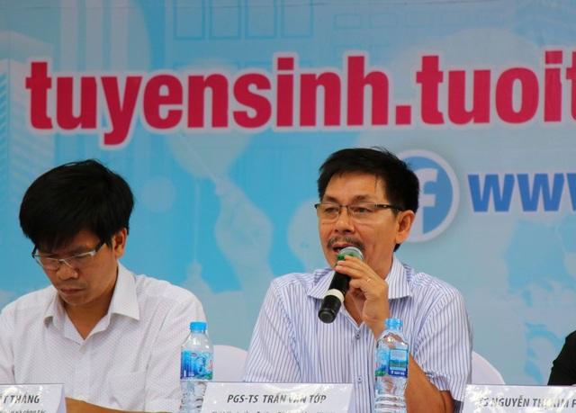 PGS.TS Trần Văn Tớp - Phó Hiệu trưởng Trường ĐH Bách khoa Hà Nội cho biết, năm nay điểm chuẩn vào khối ngành CNTT của trường có thể giảm 1-3 điểm.