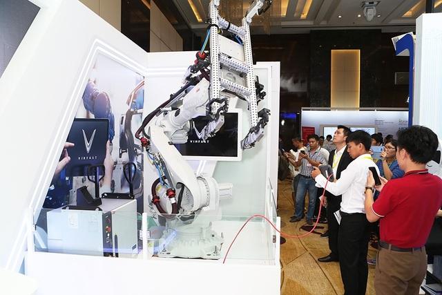 Tinh hoa công nghệ 4.0 hội tụ trong nhà máy VinFast - 2