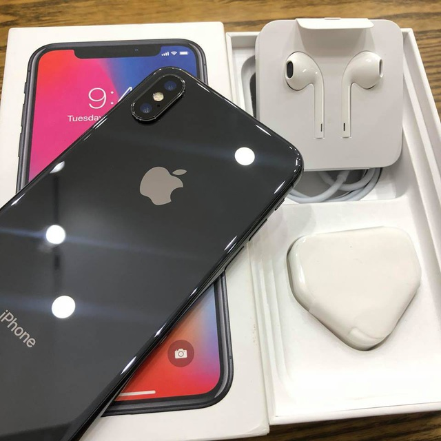 iPhone X cũng là mặt hàng được nhiều người tìm mua lại